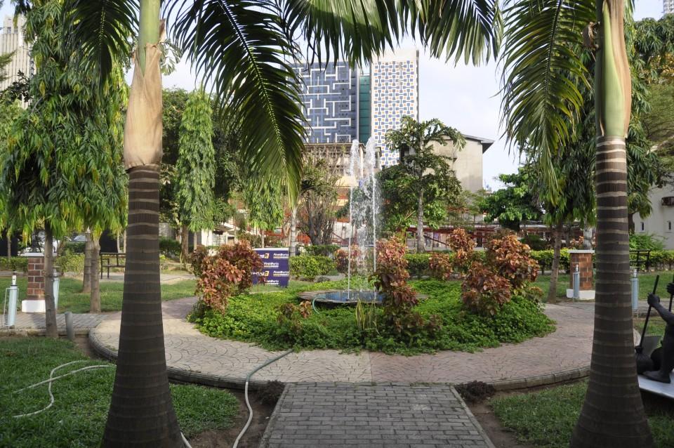 Sunny In Lagos Island